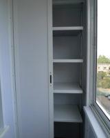 Шкаф со сдвижными дверями